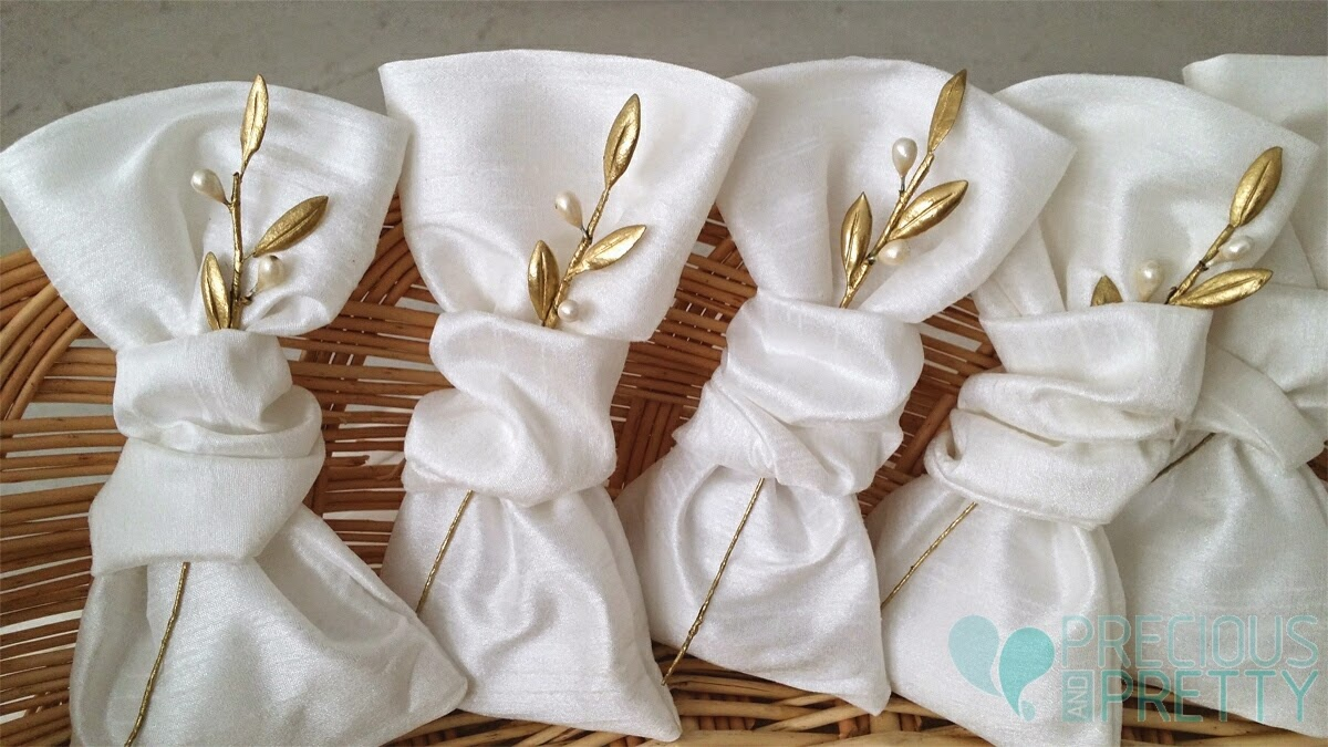Greek wedding olive favor bags G180 | preciousandpretty.com