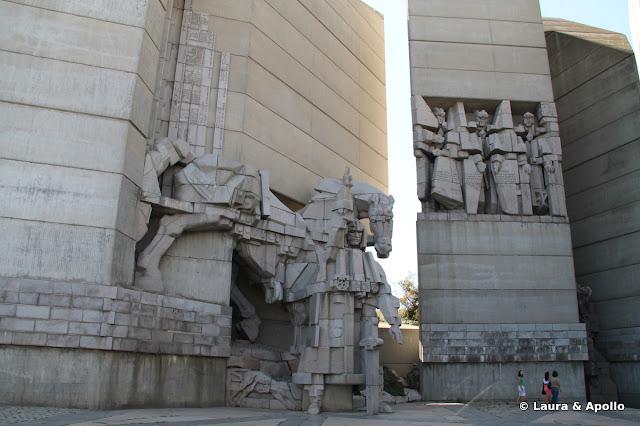 Monumentul Intemeietorilor Bulgariei - hanii Asparuh, Tervel, Krum si Omurtag