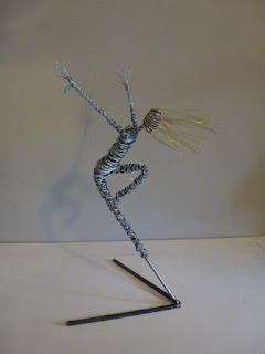 Rachel Ducker Dancer on Stand