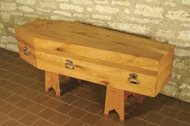 Old Wood Coffin http://agraveinterest.blogspot.com/2012/08/history-of-coffins-caskets.html