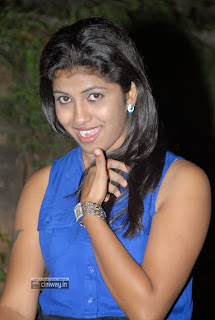 Actress-Geethanjali-Stills-at-Manushulatho-Jagratha-Audio-Release