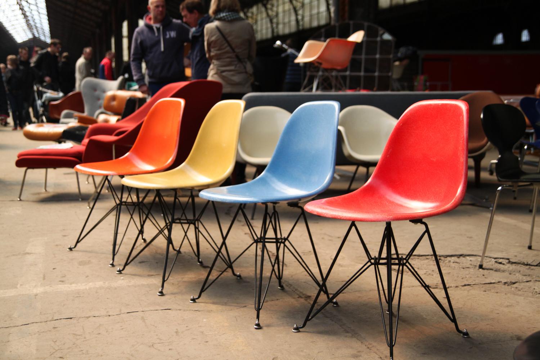 em aime les chaises 2. Black Bedroom Furniture Sets. Home Design Ideas