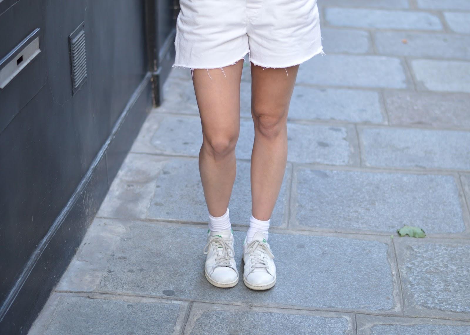 SS15 trends frayed white denim raw hem and Adidas Stan Smiths