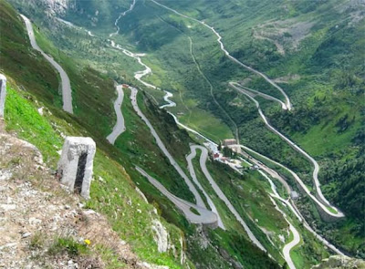 Италия. Дорога в Альпах Стельвио