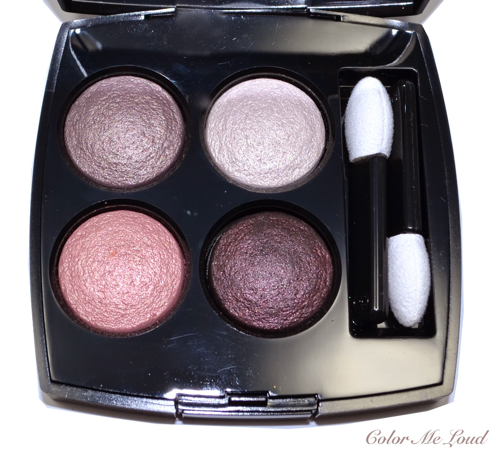 Closeup (with Flash): Chanel Les 4 Ombres #202 Tiss� Camelia