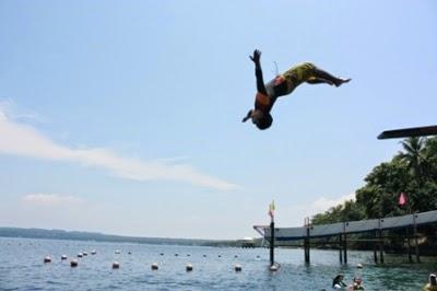 Maxima's Diving Board ©AdventurePhilippines.ph