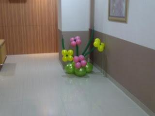 bunga balon meja