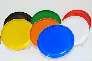 Platos de plástico