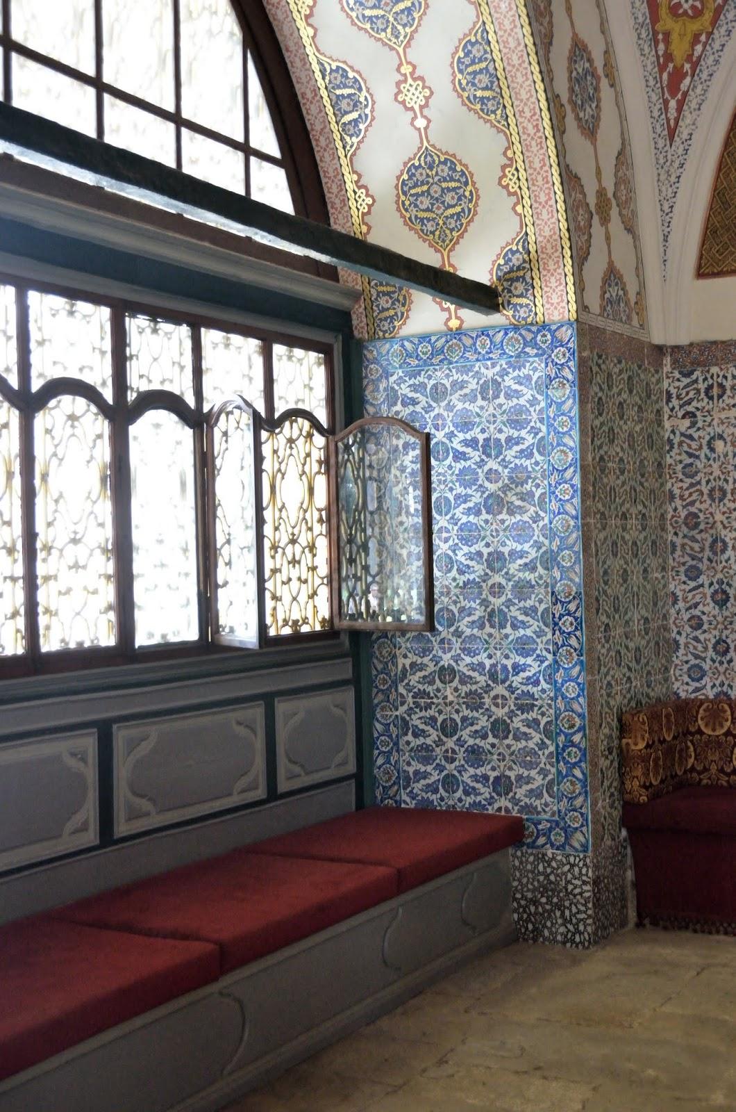 Viaggio a istanbul tredicesimo giorno istanbul giorno - Il divano di istanbul ...