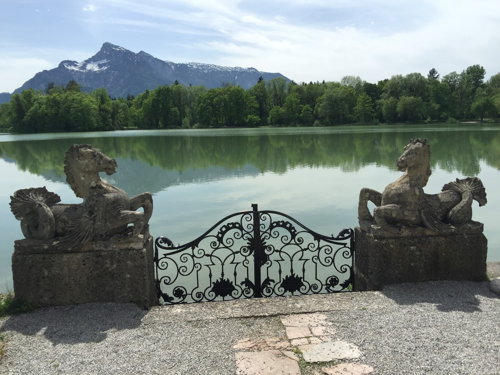 Aerohaveno echoes of the sound of music schloss for Whats house music