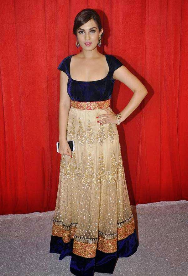 Celebs At The Star Parivaar Awards 2014