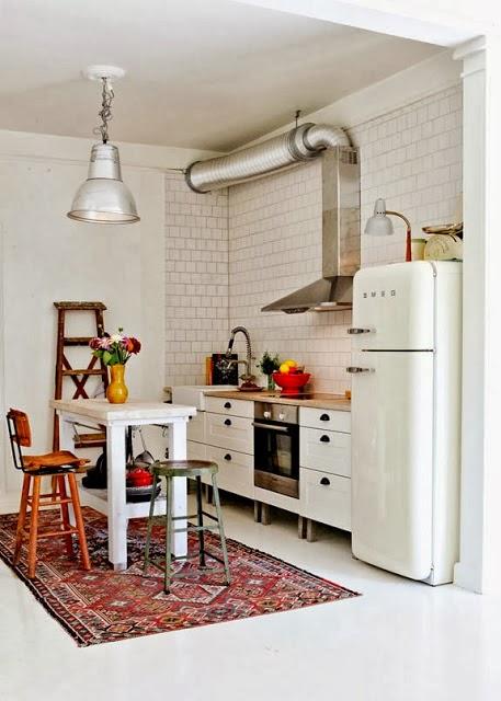 Kp decor studio una l mpara industrial en la cocina - Lamparas industriales vintage ...
