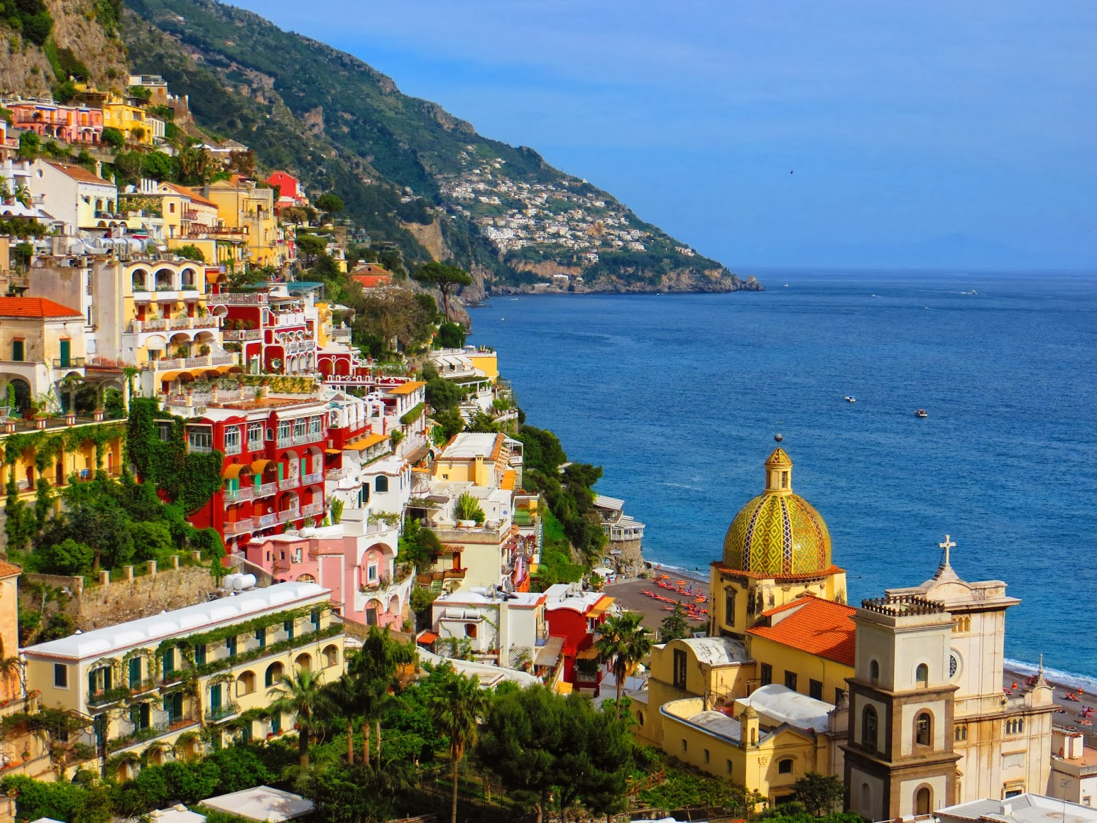 From point a to point b almalfi coast positano italy for Italy b b