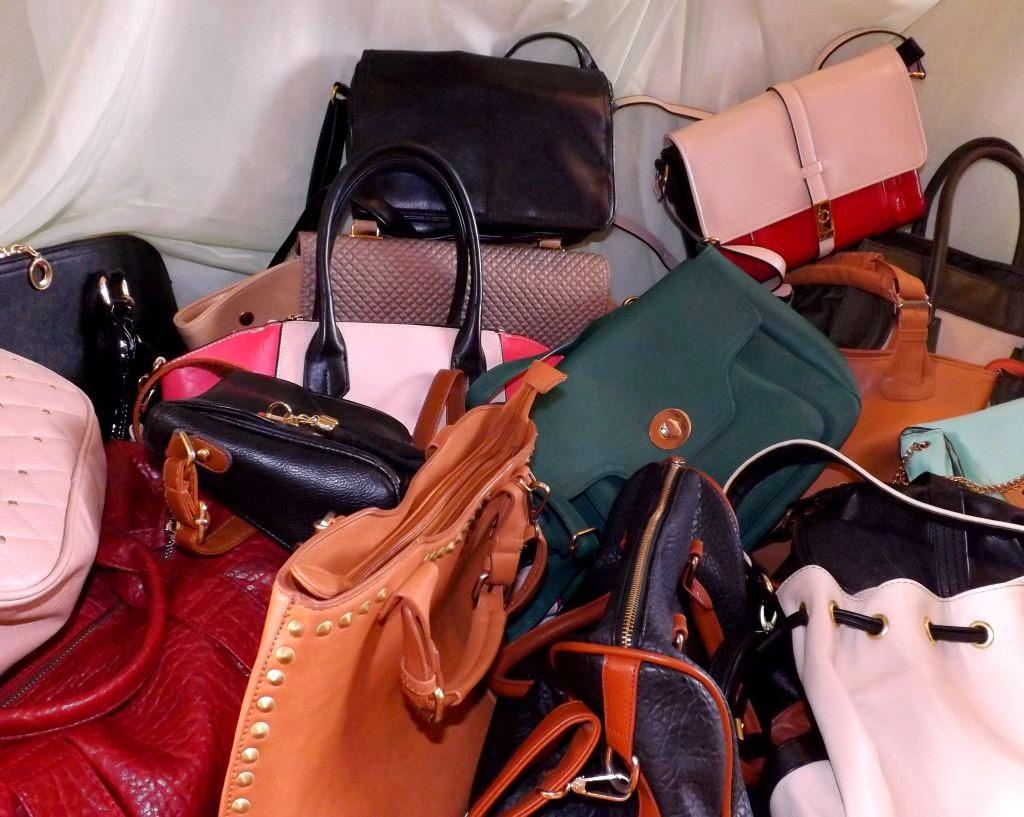 e71c86d74dd44 Bags... - Czerwona Sukienka - Blogi Modowe