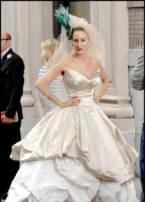 7 Most Iconic Wedding Gowns in The World: Sarah Jessica Parker Wedding Gown