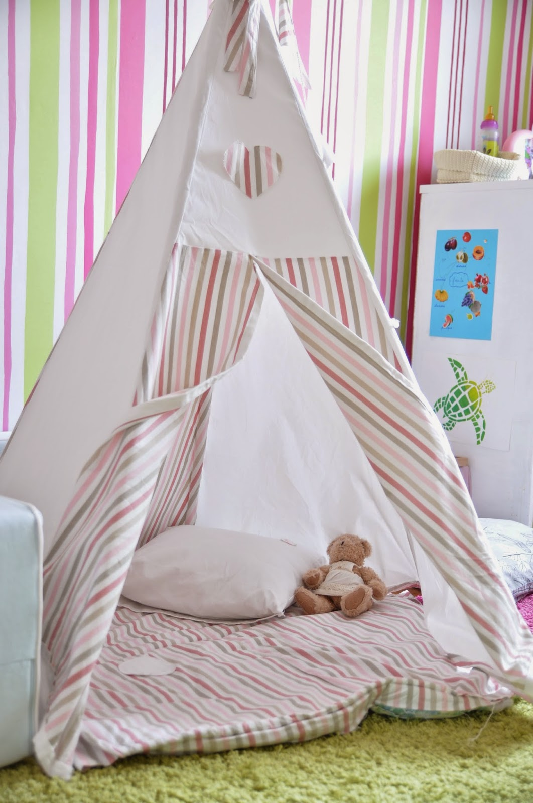 delightful tipi enfant pas cher 10 chez nous 4 jpg. Black Bedroom Furniture Sets. Home Design Ideas