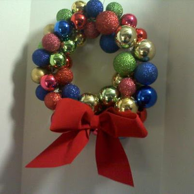 Shades of Safhire -Ornament Wreath small