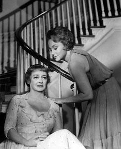 Bette Davis y Olivia de Havilland en Canción de cuna para un cadáver