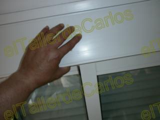 Eltallerdecarlos repara persiana enrollable puesta a for Como cambiar la cinta de una persiana