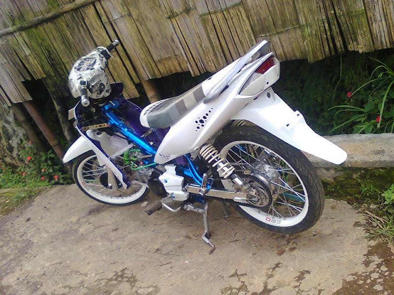 Home » Yamaha » Gambar Modifikasi Motor Yamaha Vega ZR Terbaru title=