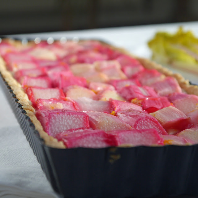 Forced rhubarb and custard tart