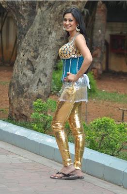 sa tiwarishridevi at ndtv greenthone 2012 hot images