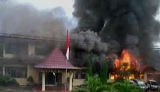 Alasan Mengapa TNI vs Polri Bentrok di OKU