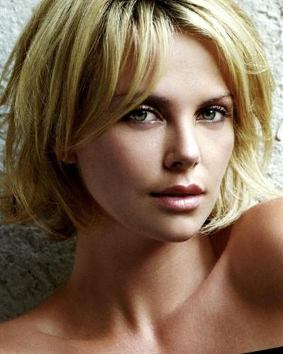 Charlize Theron Hairstyles Part 4 | Cecomment