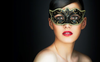 BEAUTIFUL GIRL WITH MASK