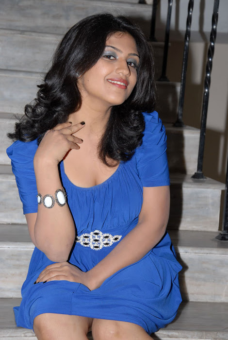 supriya at sashesham audio launch, supriya actress pics