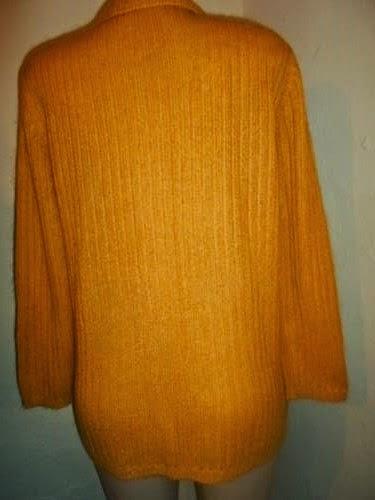 casaco caramelo  de lã botões madrepérola