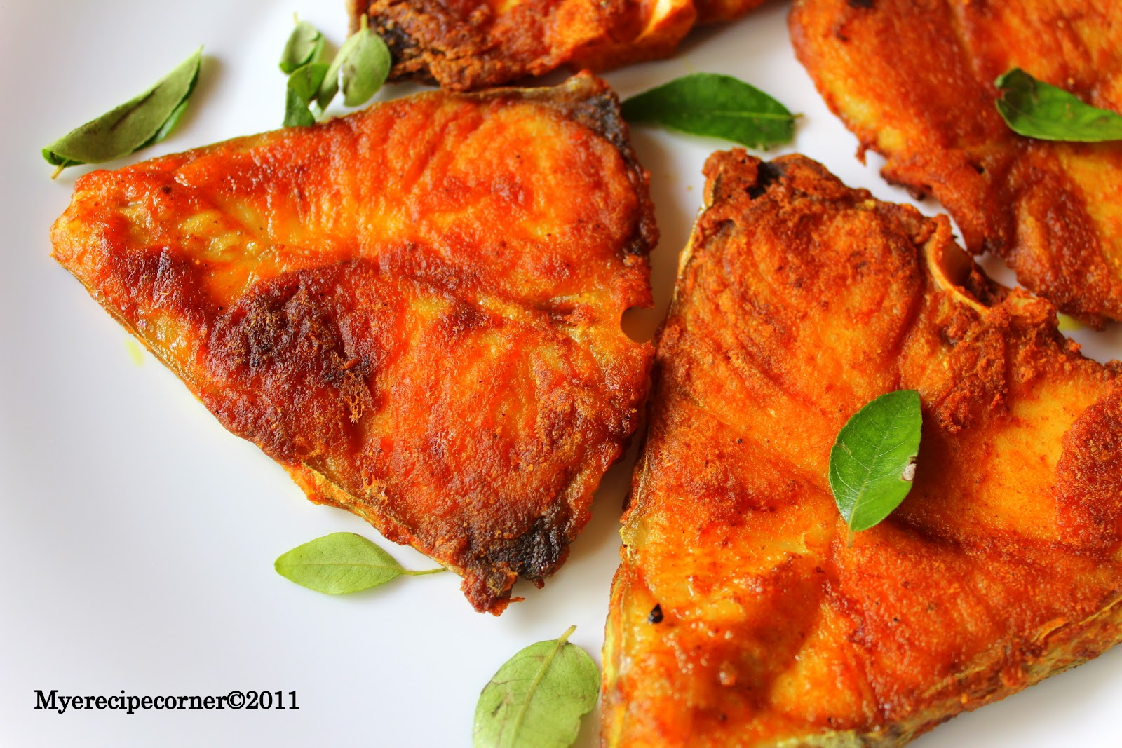 Mye 39 s kitchen fish fry recipe vanjaram meen varuval for Fish fry ingredients