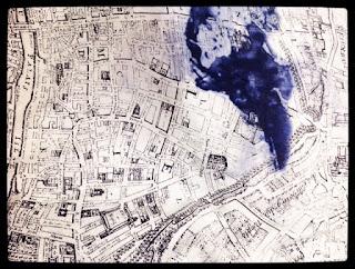 pas de calais【パドカレ】レーヨンサテンParis mapプリントワンピース◎香川・綾川店