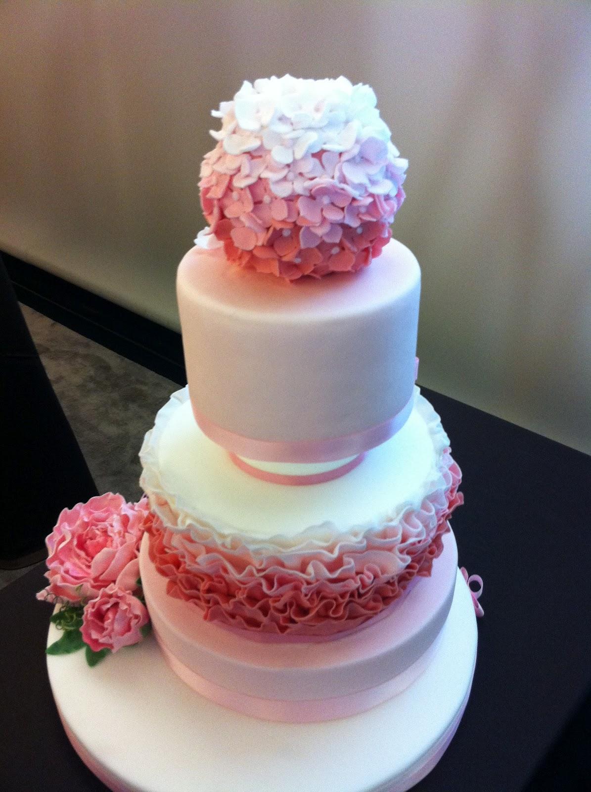 Cake Design Via Volta Milano : Paola Palomba cakes