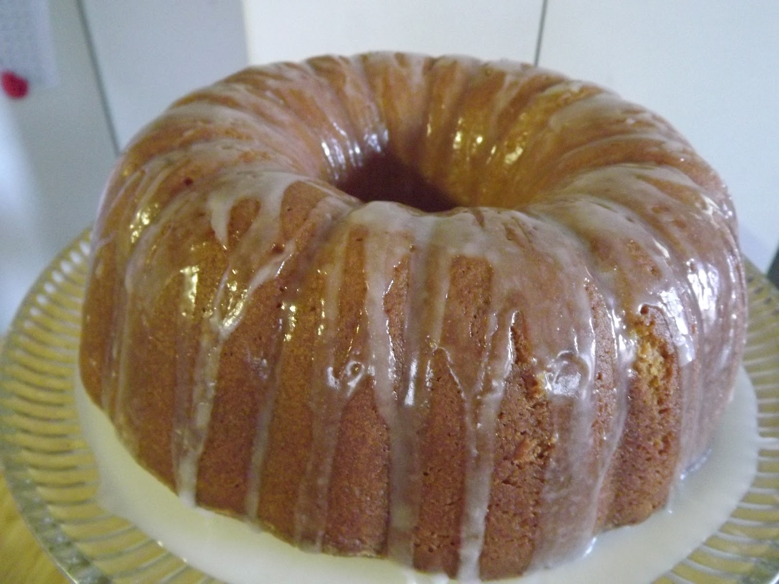 While still warm spoon the lemon glaze over the top, oh my!