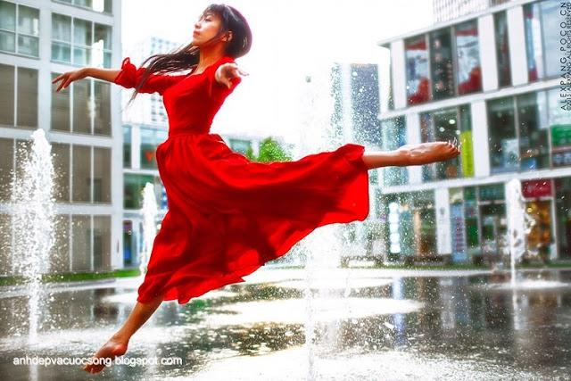 Người đẹp và vũ điệu cuộc sống
