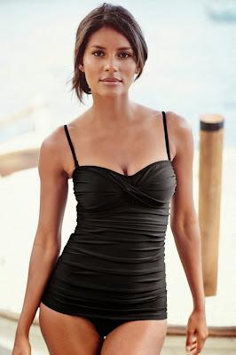 Emanuela de Paula Next swimwear