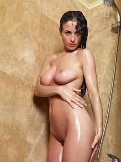 Hot Naked Girl - 08.jpg