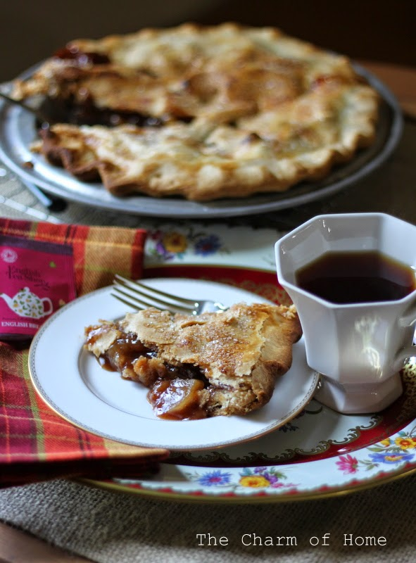 rustic apple cider pie