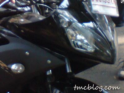 Yamaha YZF R15 V2 terlihat di Indonesia