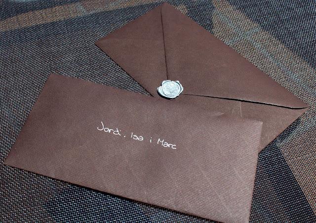 sobres invitaciones de boda lacradas