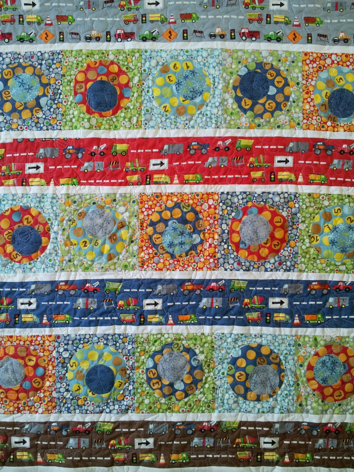 Serena bean quilts ten little things baby boy quilts for Boy quilt fabric