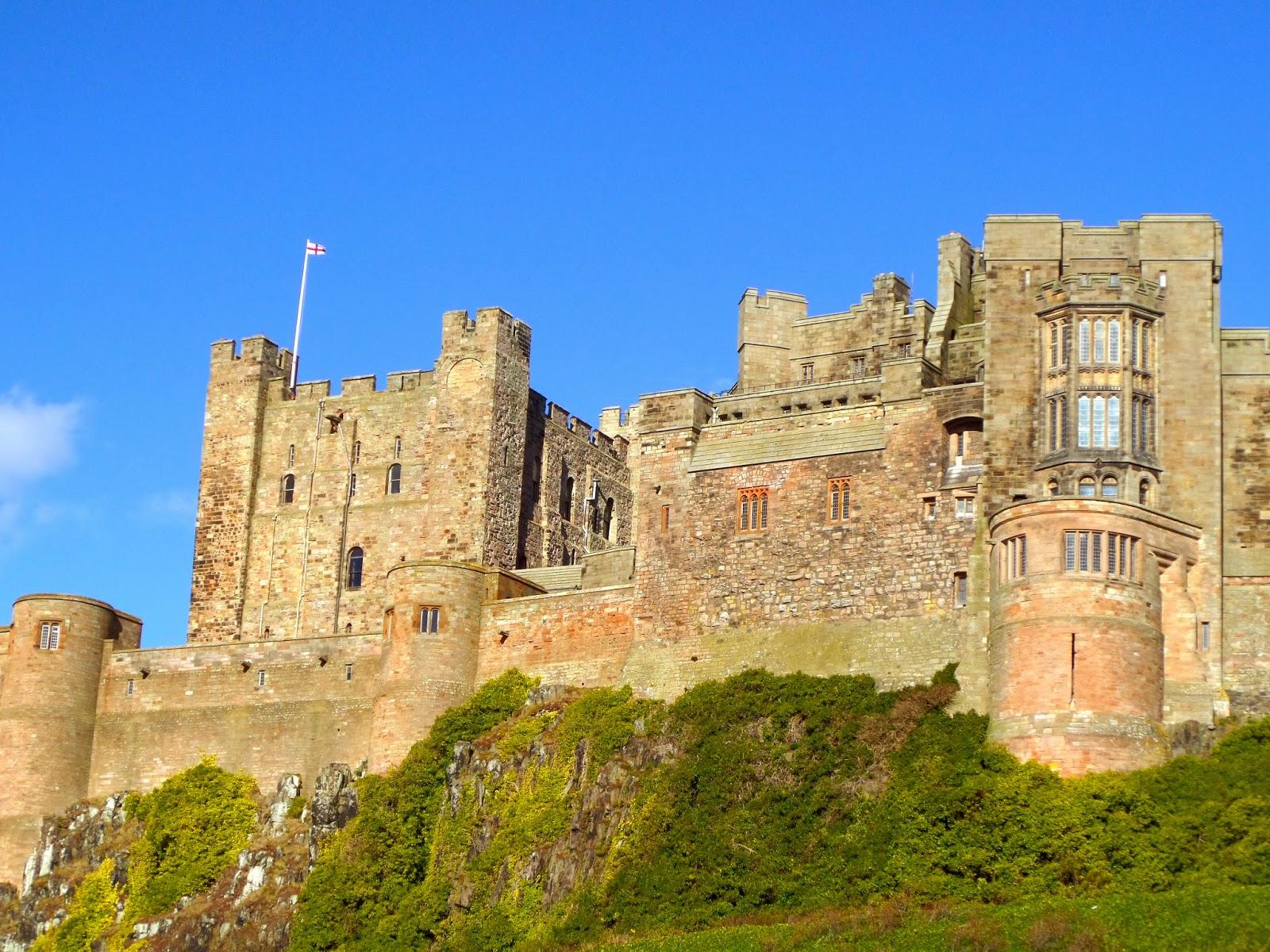 bamburgh castle harry potter - photo #45