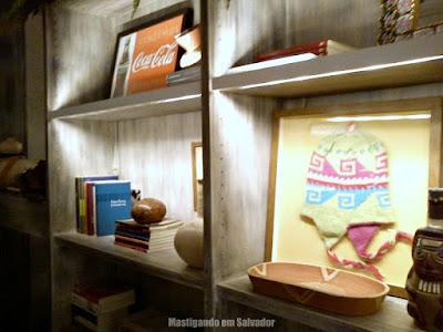 Ocho Ceviche Bar: Ambiente interno