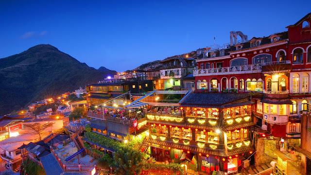 Taiwan New Taipei City Jioufen night houses lights HD Wallpaper