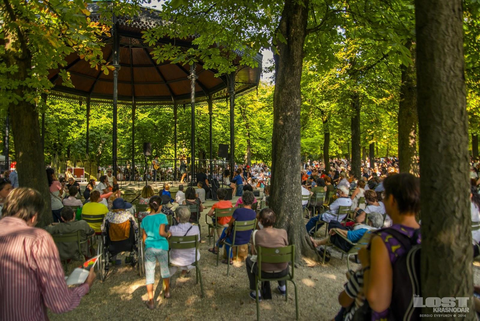 Бесплатный концерт в Париже