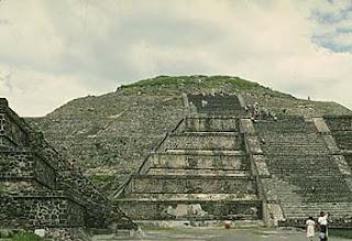 Teotihuacan Pyramid 2