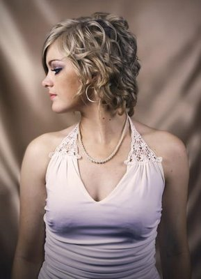 Latest Hairstyles Haircut Pictures Short Medium Curly Haircut