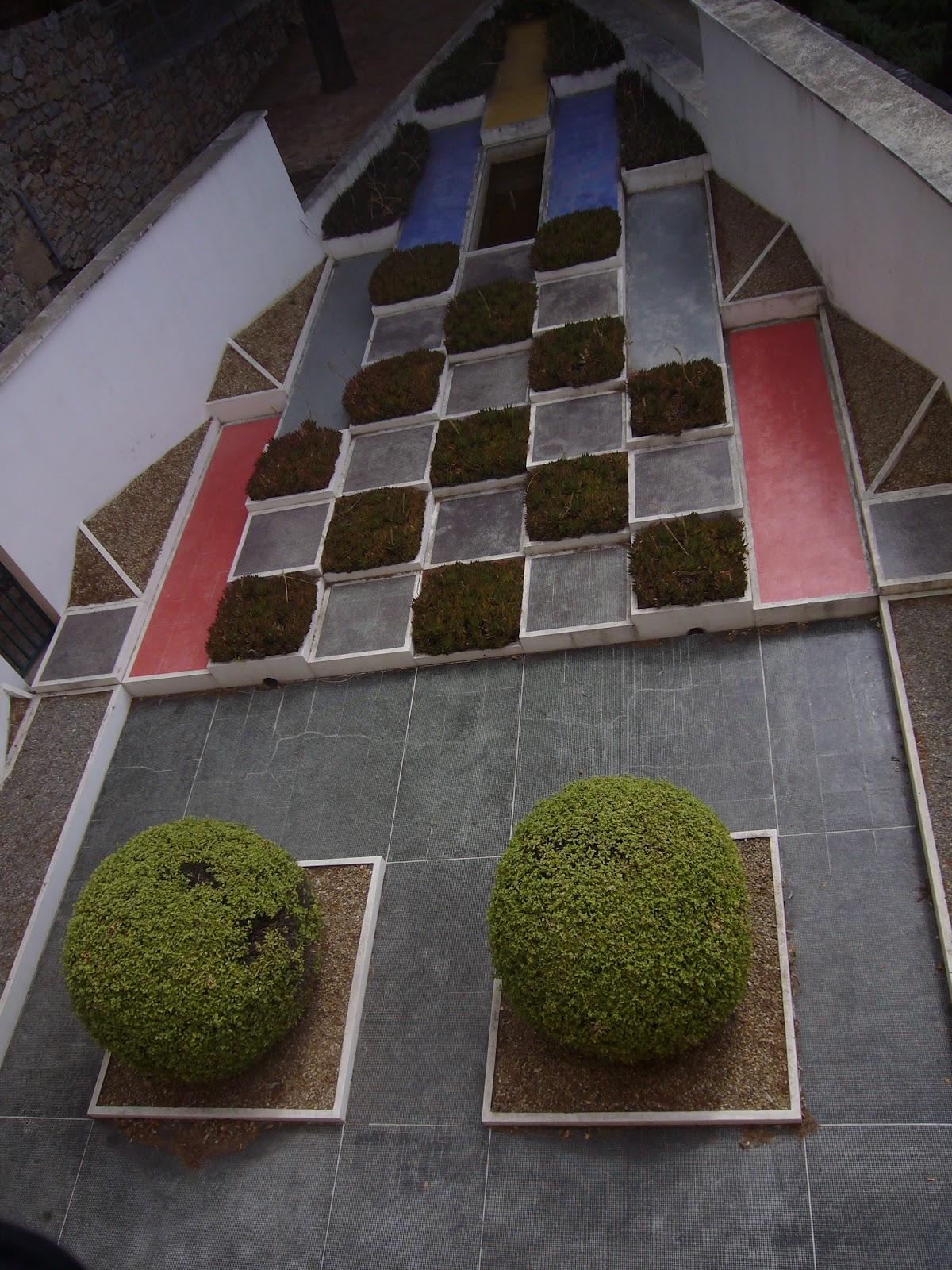 L 39 ann e du jardinier achille duch ne for Boulingrin jardin