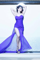 Amisha, Patel, Hot, Wallpapers, cleavage show, blue dress, thigh show